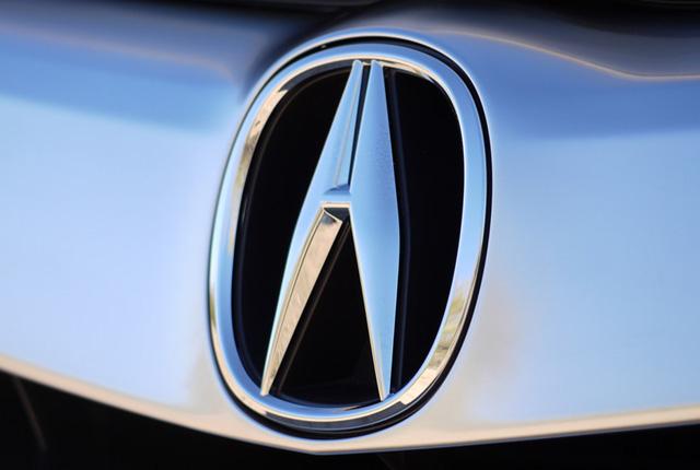 Логотип Акура