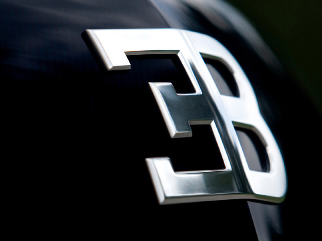 Эмблема Bugatti