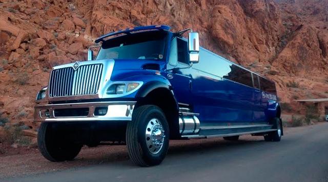NTS Big Blue: лимузин