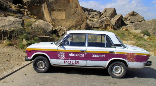 Полицейские автомобили Азербайджана